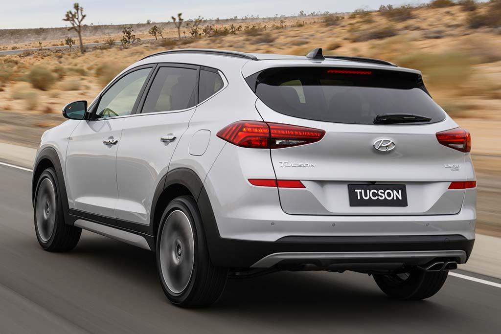 2019 Hyundai Tucson Review featured image large thumb4