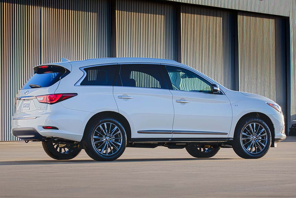 2020 Infiniti QX60 Review featured image large thumb1