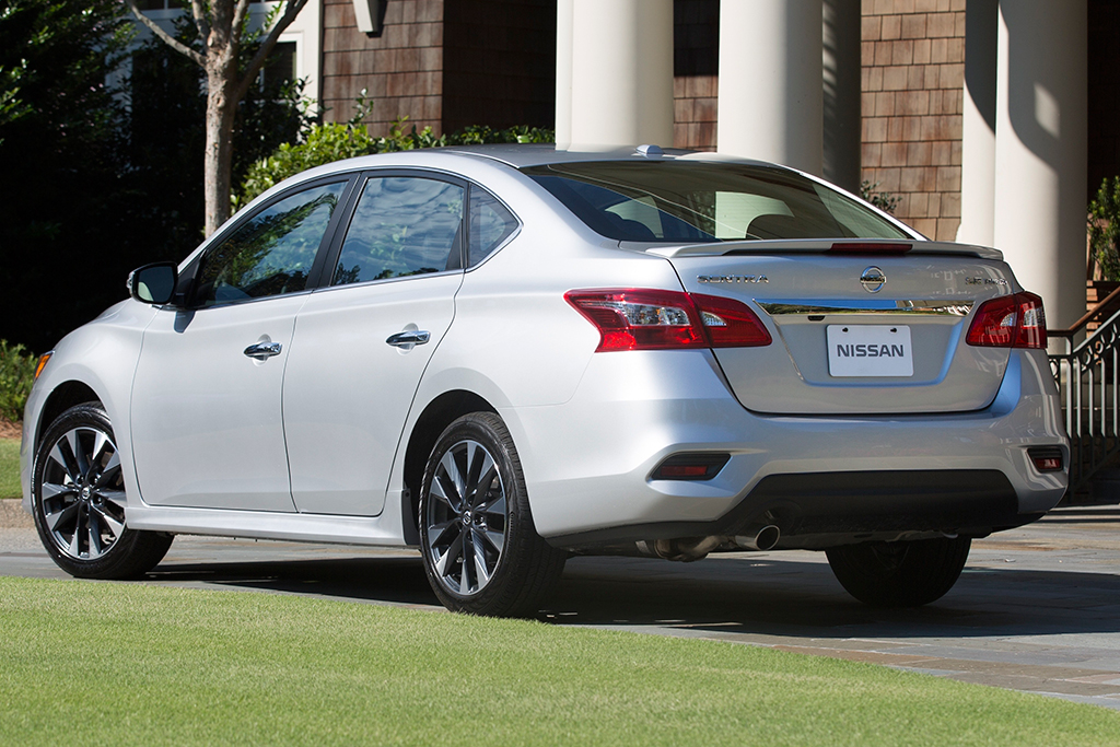 2018 Nissan Altima vs  2018 Nissan Sentra: What's the