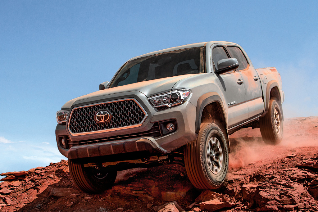 Toyota Diesel Truck >> 2018 Toyota Tacoma Vs 2018 Toyota Hilux What S The