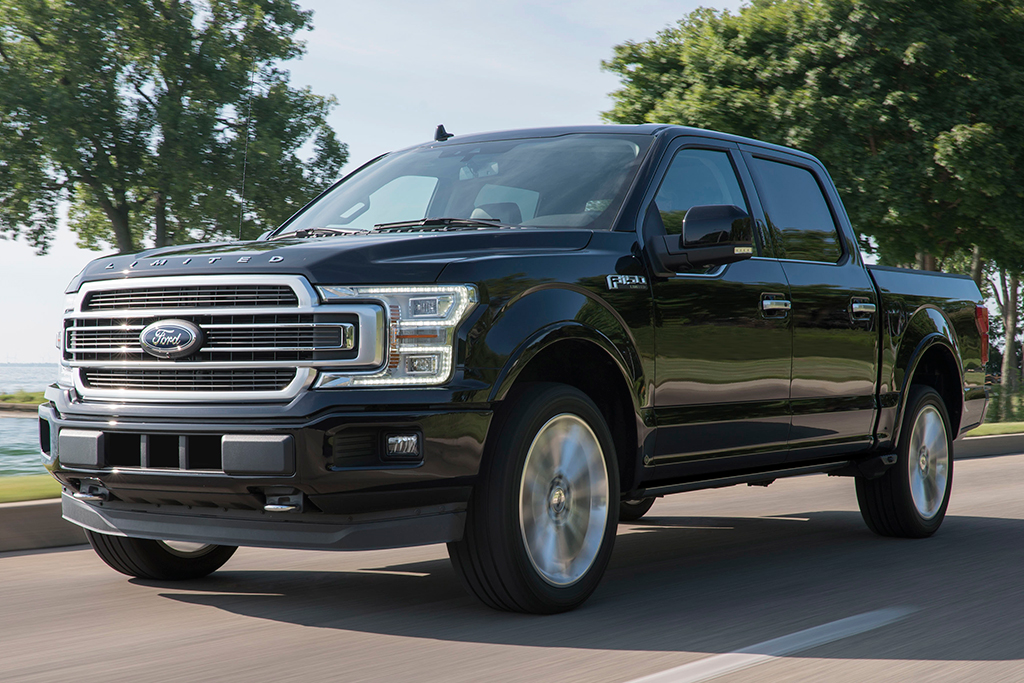 Ford F150 Vs Chevy Silverado >> 2019 Ford F 150 Vs 2019 Chevrolet Silverado Which Is