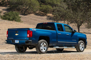 2018 vs. 2019 Chevrolet Silverado: What's the Difference? featured image large thumb5
