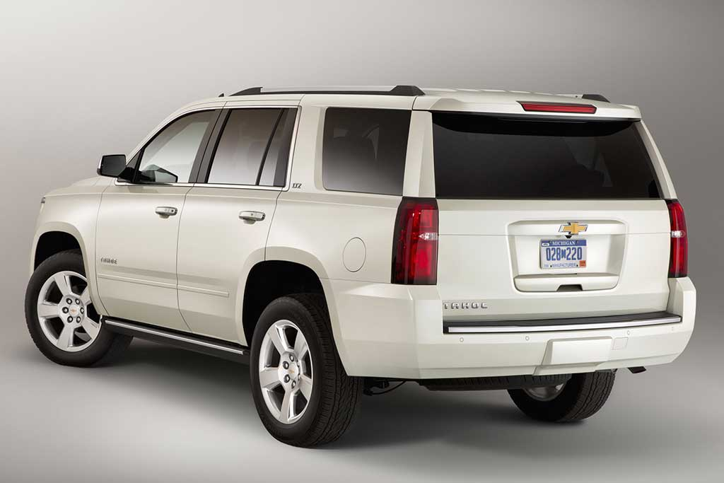 2019 Chevrolet Tahoe vs. 2019 GMC Yukon: What's the Difference? featured image large thumb7