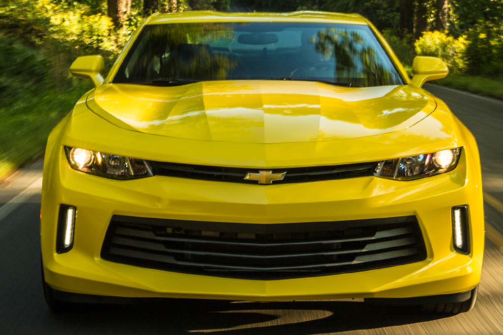 2019 Ford Mustang vs. 2019 Chevrolet Camaro: Which Is Better? featured image large thumb12