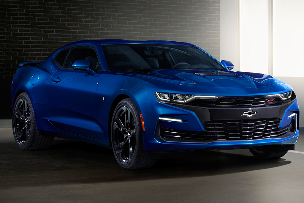 2019 Ford Mustang vs. 2019 Chevrolet Camaro: Which Is Better? featured image large thumb6