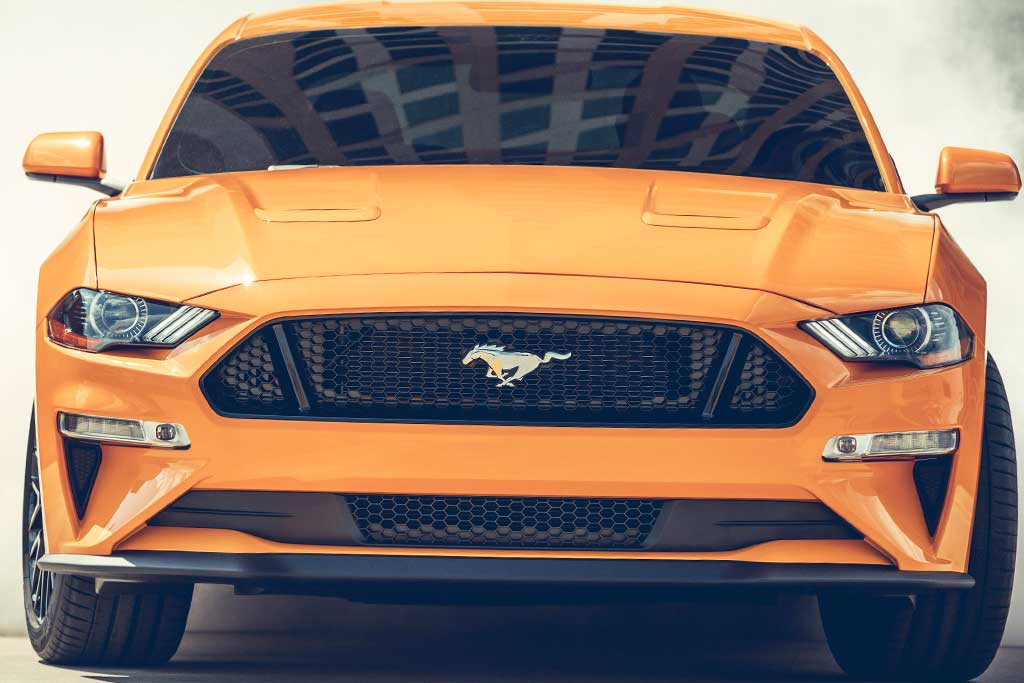 2019 Ford Mustang vs. 2019 Chevrolet Camaro: Which Is ...