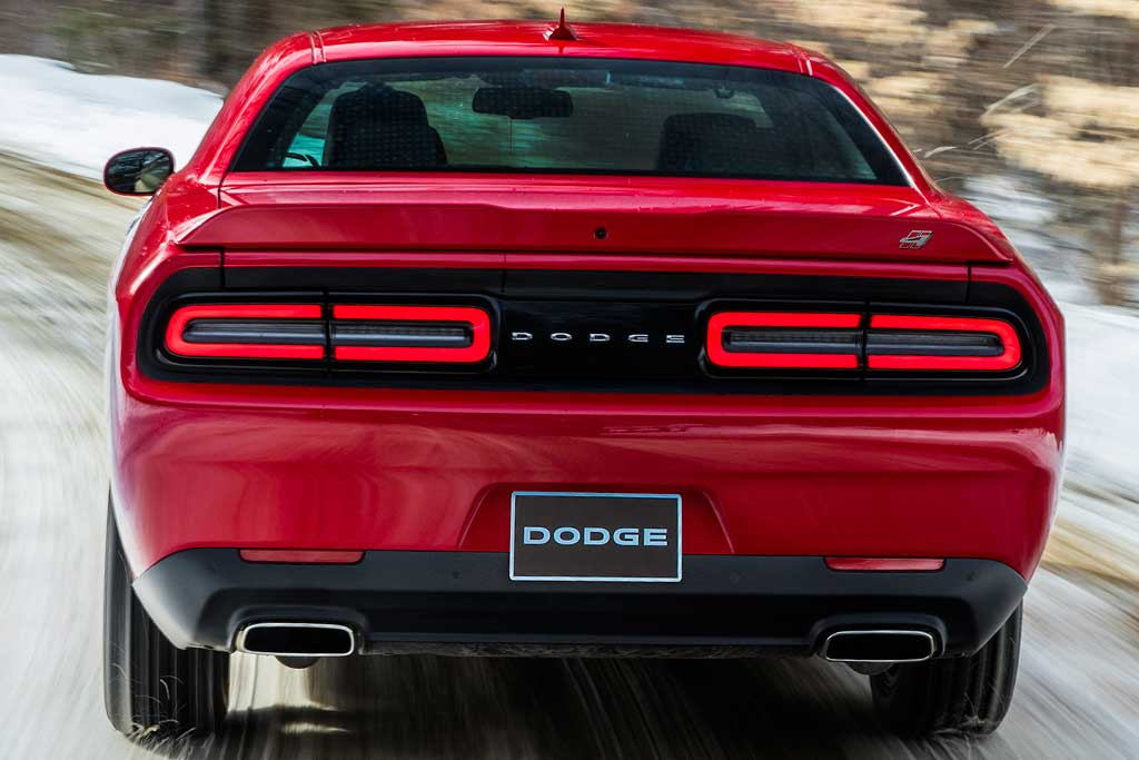 2019 Ford Mustang vs. 2019 Dodge Challenger: Which Is Better? featured image large thumb8