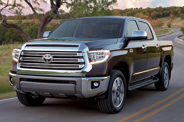 2019 Toyota Tundra Vs 2019 Nissan Titan Which Is Better Autotrader