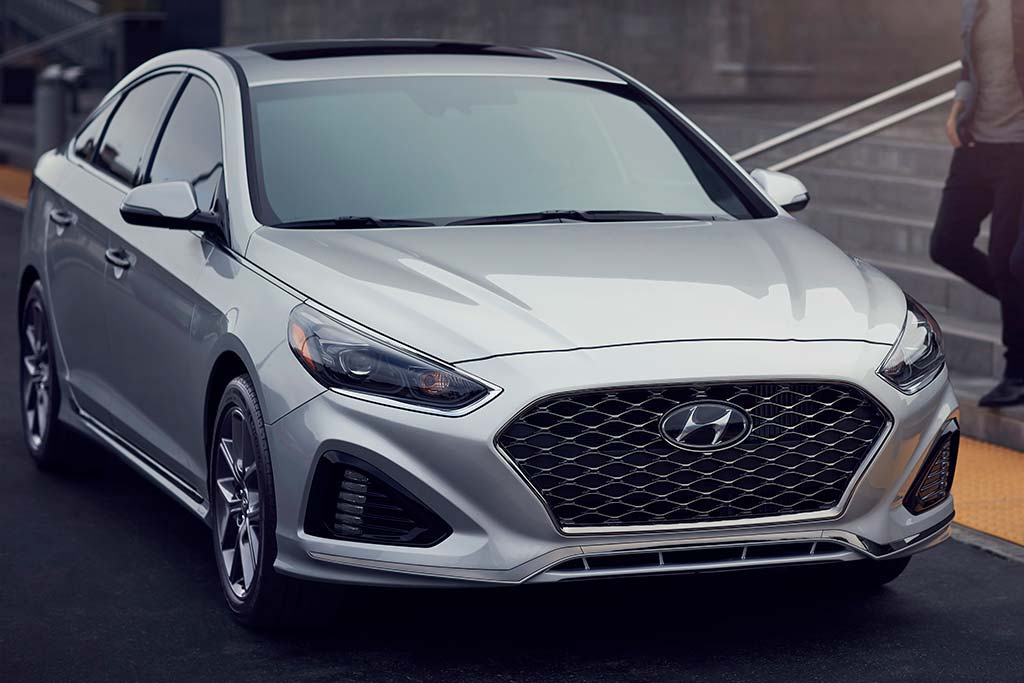 2019 vs. 2020 Hyundai Sonata: What's the Difference? featured image large thumb1