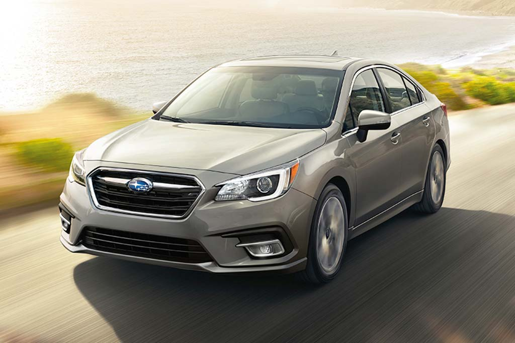 2019 vs. 2020 Subaru Legacy: What's the Difference? featured image large thumb7