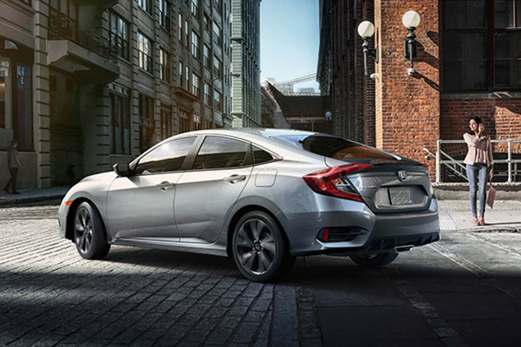 2020 Honda Civic vs. 2020 Mazda3: Which Is Better? featured image large thumb5
