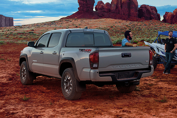 Truck Deals: October 2018 featured image large thumb5