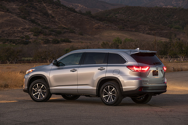 SUV Deals: August 2019 featured image large thumb6