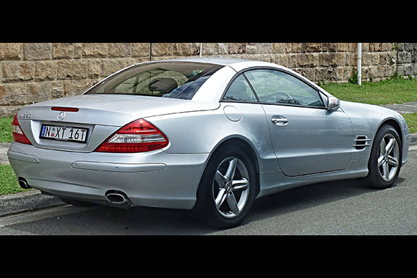 Here Are All the Mercedes-Benz SL Models Ranked From Best to Worst featured image large thumb4
