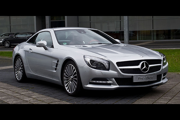 Here Are All the Mercedes-Benz SL Models Ranked From Best to Worst featured image large thumb5