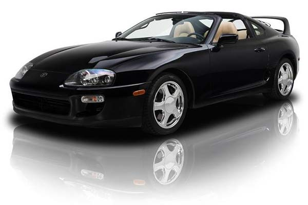 Here Are the Coolest 1990s Japanese Cars For Sale on Autotrader featured image large thumb0