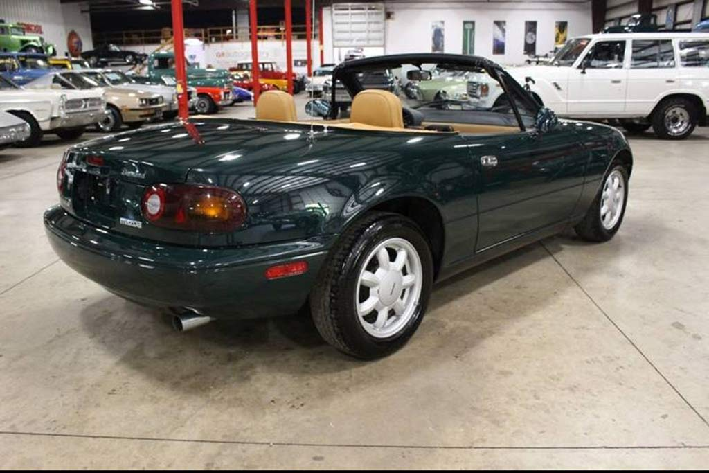 Autotrader Find: 1991 Mazda Miata With 6,600 Miles featured image large thumb1