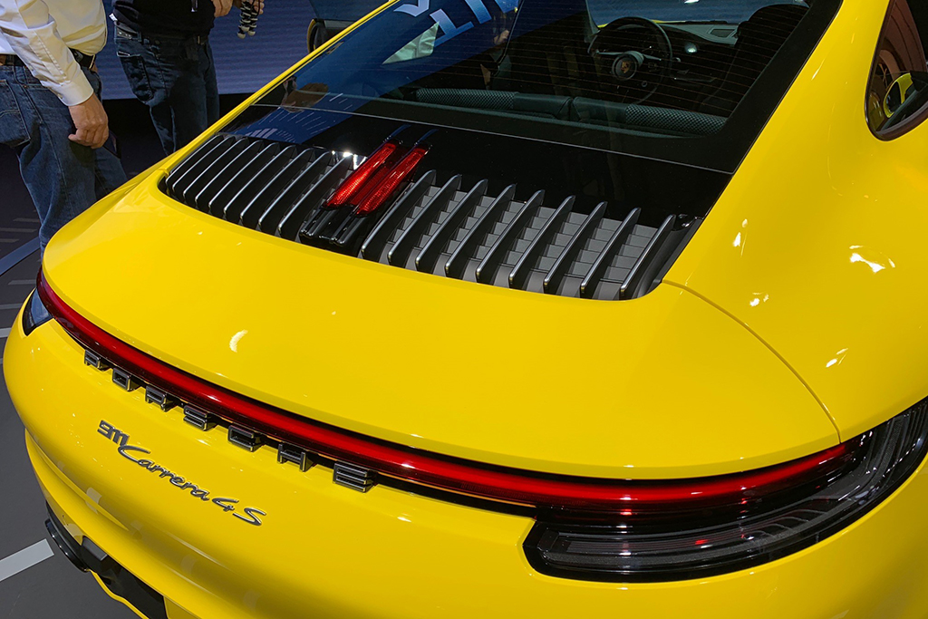 Check out the New Porsche 911's Cool Third Brake Light - Autotrader