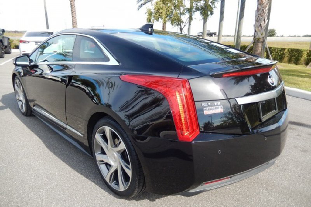 The Cheapest Cadillac ELR on Autotrader Is Under $19,000 featured image large thumb1