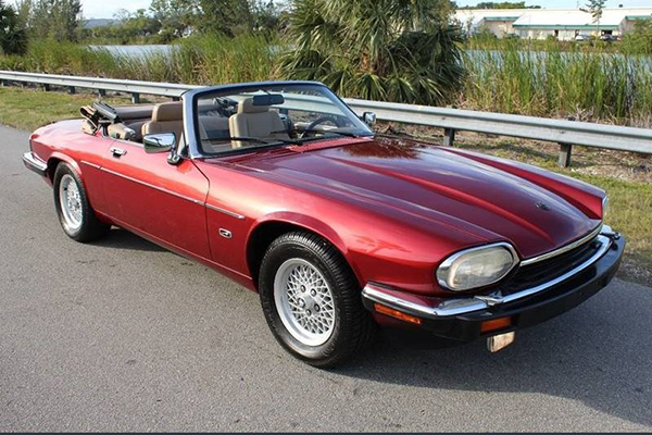 These Are the Best-Preserved Older Jaguar Models on Autotrader featured image large thumb0