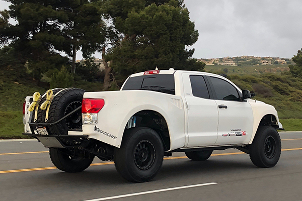 People Are Transforming Pickup Trucks Into Desert-Runner Trophy Trucks featured image large thumb1