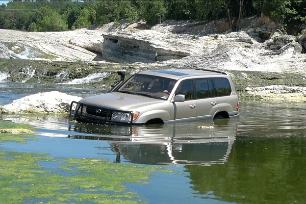 Here's Why the Toyota Land Cruiser Is the Best SUV in the World featured image large thumb1