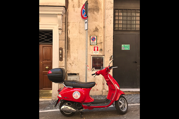 The Best Way to See Rome Is on a Vespa Tour featured image large thumb0