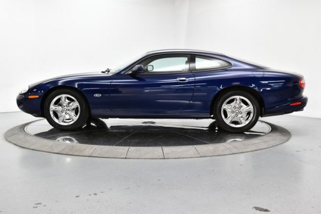 Autotrader Find: 1998 Jaguar XK8 Coupe for $5,999 featured image large thumb1