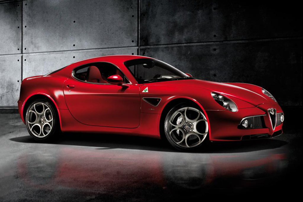 The Alfa Romeo 8C Is the Forgotten Modern Supercar featured image large thumb0