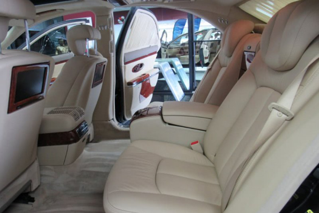 The Cheapest Maybach On Autotrader is Now Under $50,000 featured image large thumb4