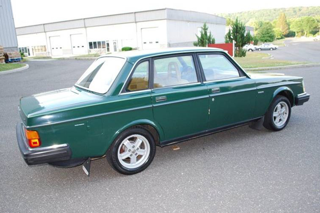 Autotrader Find: 1983 Volvo 240 With Just 57,000 Miles featured image large thumb2