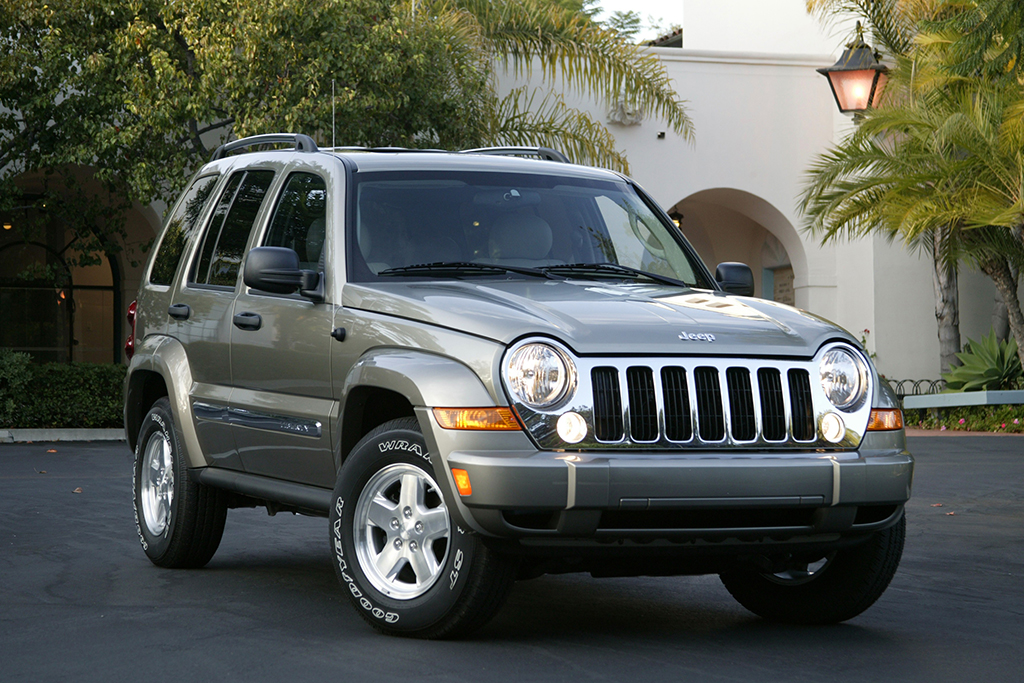 Remember the Diesel Jeep SUVs of the Mid-2000s? featured image large thumb0