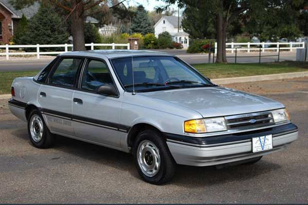 Autotrader Find: 1988 Ford Tempo AWD With 17,900 Miles featured image large thumb0