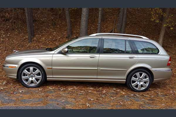 Autotrader Find: 2005 Jaguar X-Type Sportwagon featured image large thumb0