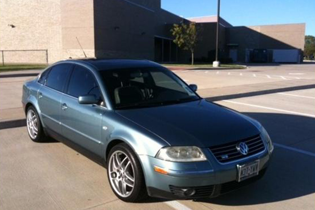 Autotrader Find: 2003 Volkswagen Passat W8 Manual featured image large thumb0