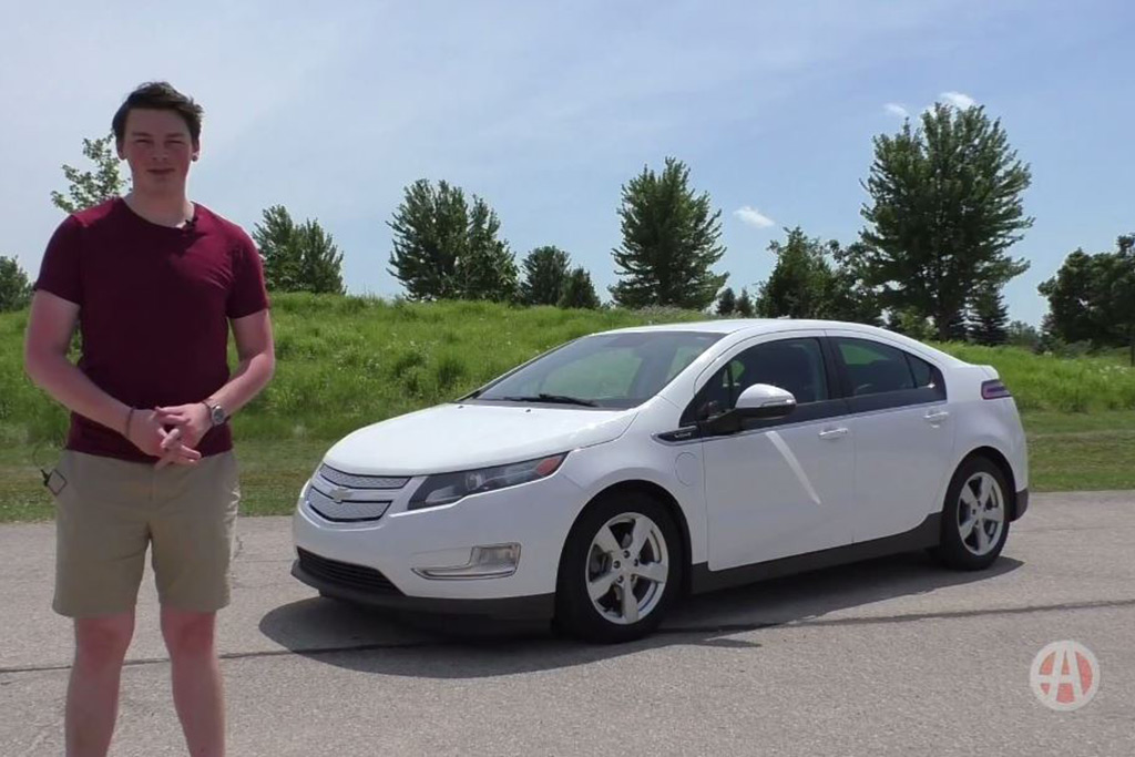 Video | The Chevy Volt Is Almost as Cool as a Tesla featured image large thumb1