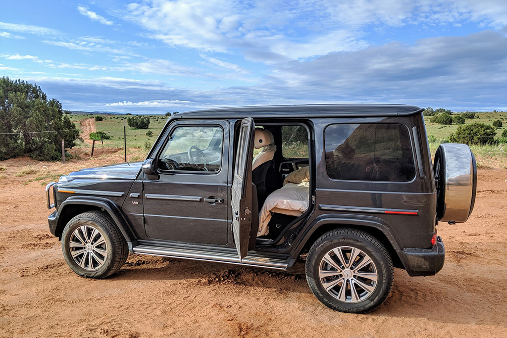 Video   Here's How to Sleep in Your New Mercedes-Benz G-Wagen featured image large thumb1