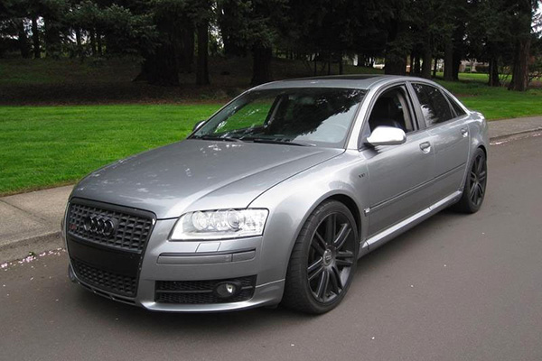Arrive in Style With These 5 Cheap High-End Luxury Sedans featured image large thumb0