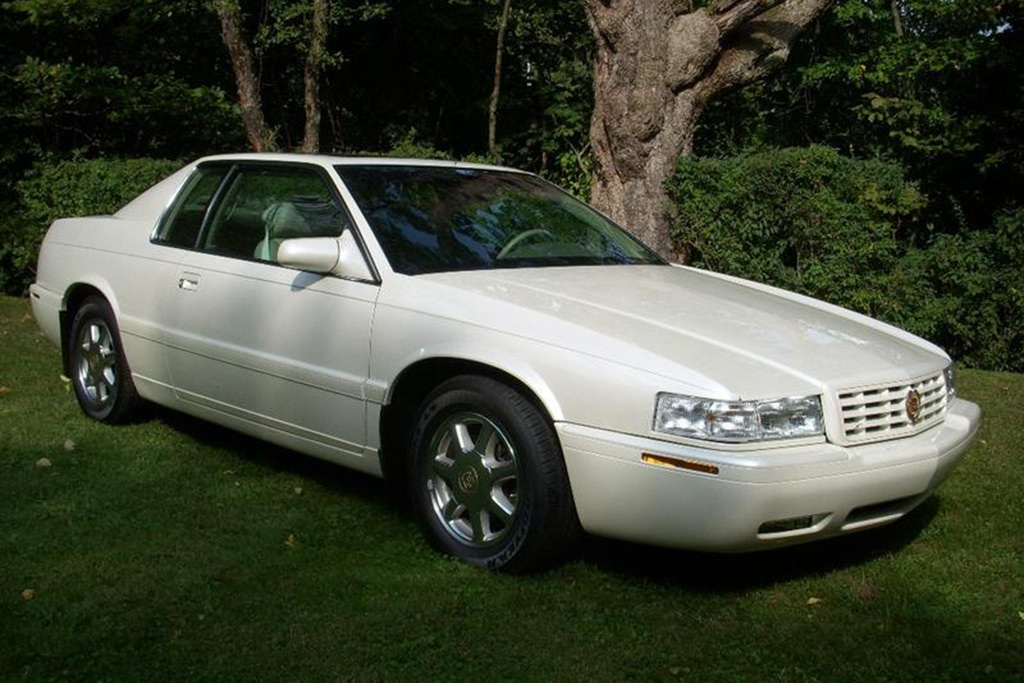 Autotrader Find: 1999 Cadillac Eldorado With 5,000 Miles featured image large thumb0