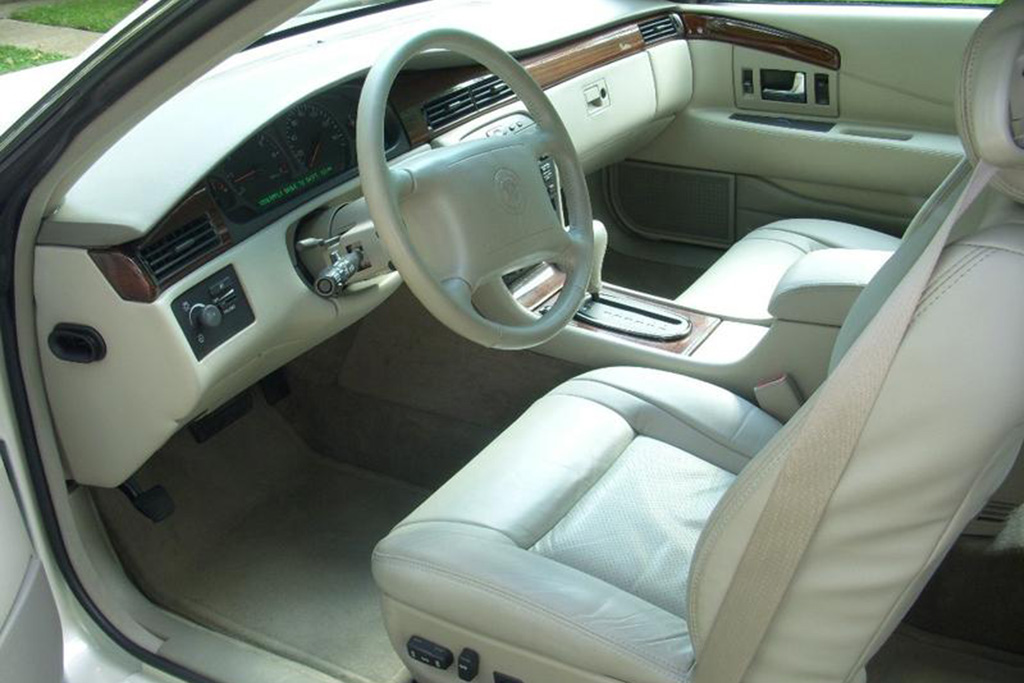 Autotrader Find: 1999 Cadillac Eldorado With 5,000 Miles featured image large thumb2