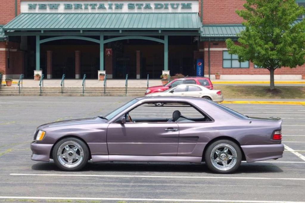 Autotrader Find: Ken Griffey Jr's Former 1991 Mercedes 300CE featured image large thumb1