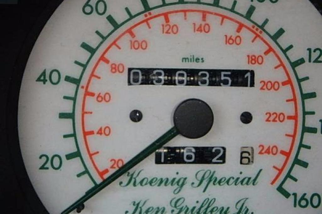 Autotrader Find: Ken Griffey Jr's Former 1991 Mercedes 300CE featured image large thumb3