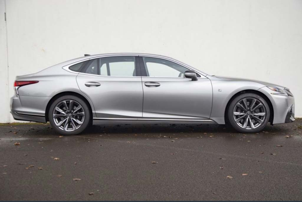 The New Lexus LS Is Already Depreciating Fast featured image large thumb0