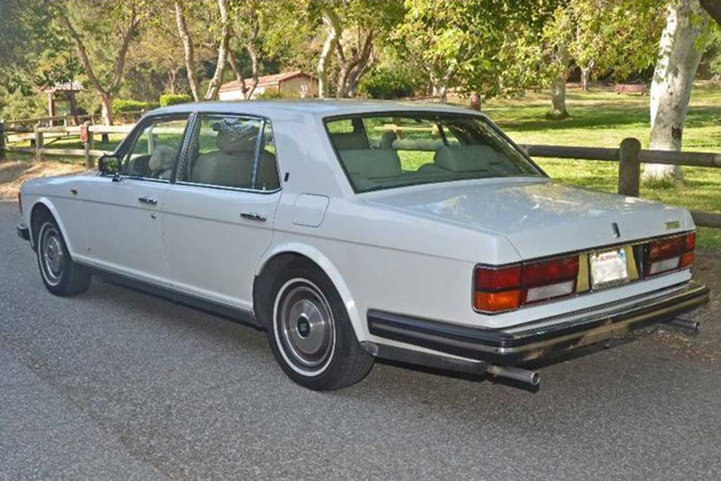 Autotrader Find: 1982 Rolls-Royce For Under $10,000 featured image large thumb1