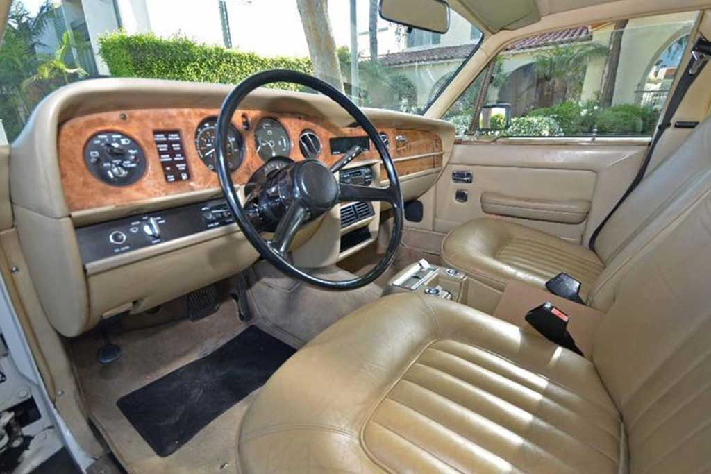 Autotrader Find: 1982 Rolls-Royce For Under $10,000 featured image large thumb2