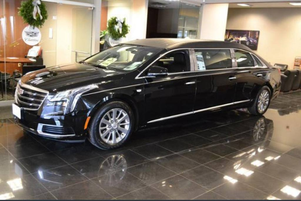 Autotrader Find: New 2019 Cadillac XTS 6-Door Limo featured image large thumb0