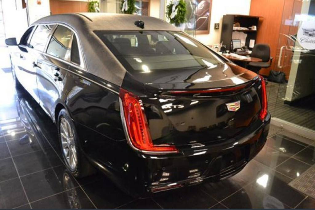 Autotrader Find: New 2019 Cadillac XTS 6-Door Limo featured image large thumb1