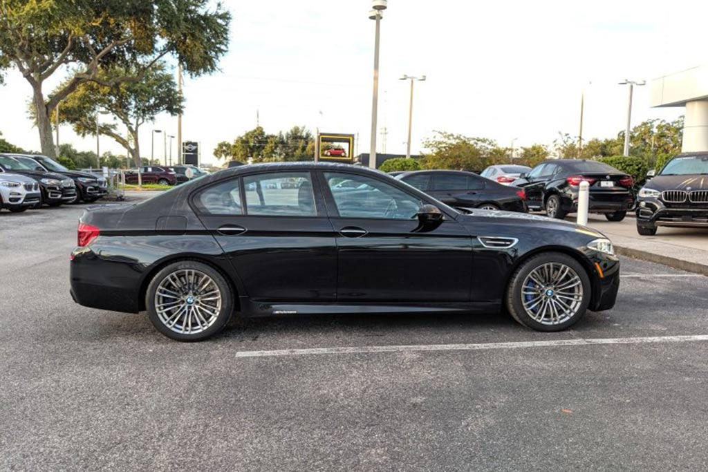 A Certified Pre-Owned BMW M5 Is the Same Price as a 3 Series featured image large thumb0