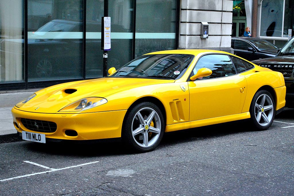 These Are The Most Beautiful Cars From the Early 2000s featured image large thumb0