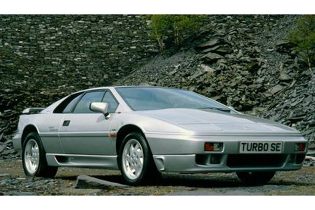 Remember When the Lotus Esprit Used a 4-Cylinder Engine? featured image large thumb0